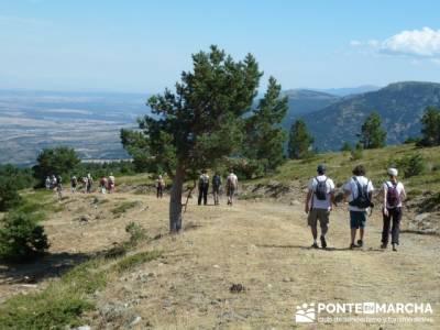 El Pico del Nevero y la Cascada del Chorro - rutas de montaña; parque natural de aralar